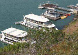 Shayamanzi: Welcome to the Houseboat of Fun